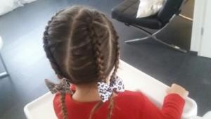 12-15-haarspeldjes-baby-meisjes-kinderen-amsterdam-nanny-moeder-mama-accessoires-kerst-haren-inhoud-strik