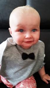 9-15-house-of-jamie-baby-slab-nanny-moeder-amsterdam-blog-strik-blauwe-ogen-review