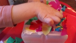 11-15-sintmaarten-lampion-lichtje-voor-op-tafel-melkkan-monster-papier-maché-knutselen-kleuter-peuter-basisschool-juf-kind