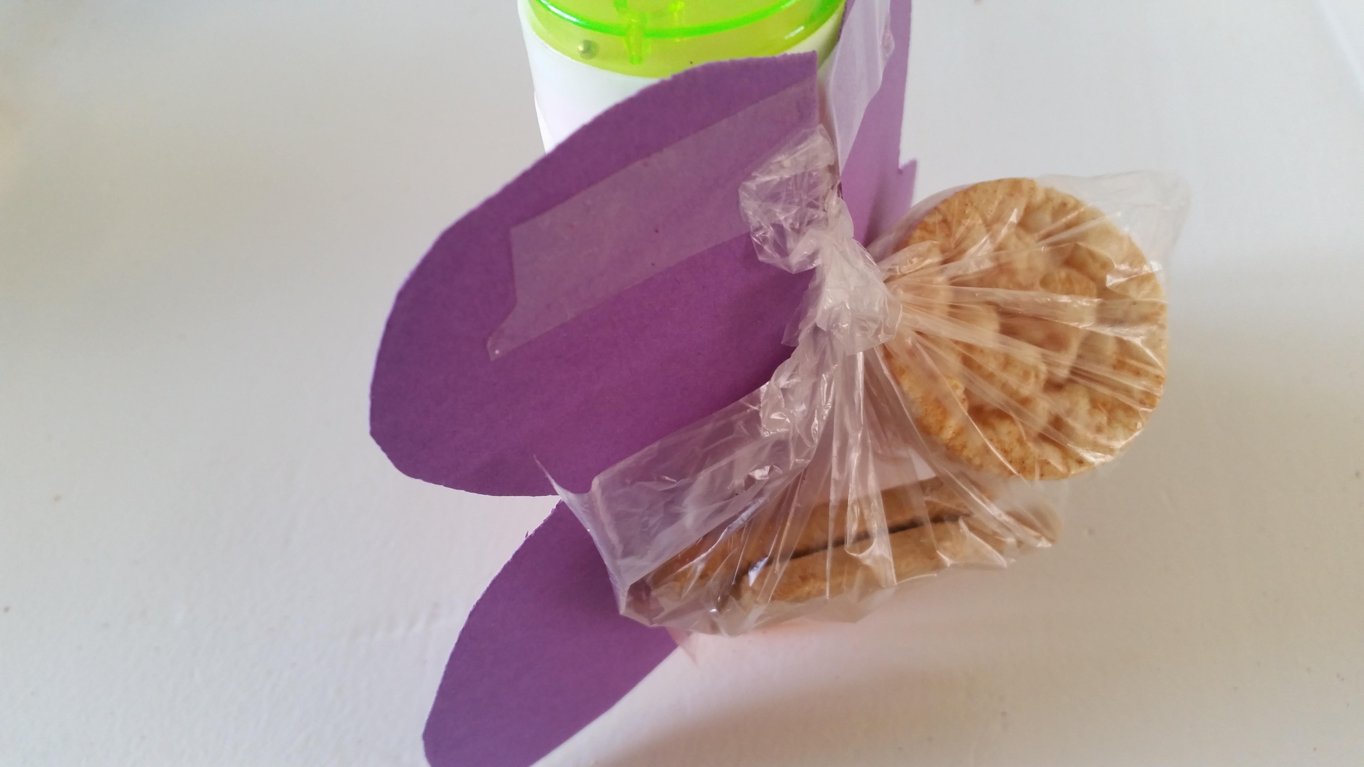 4-16-bellenblaas-traktatie-trakteren-creatief-vlinder-samen-dreumes-zelf-tekenen-kleuren-stiften-nijntje-stickers-hema-action-stickeren-Nola-mooi-kinderdagverblijf-creche-verhuizen-afscheid--ach