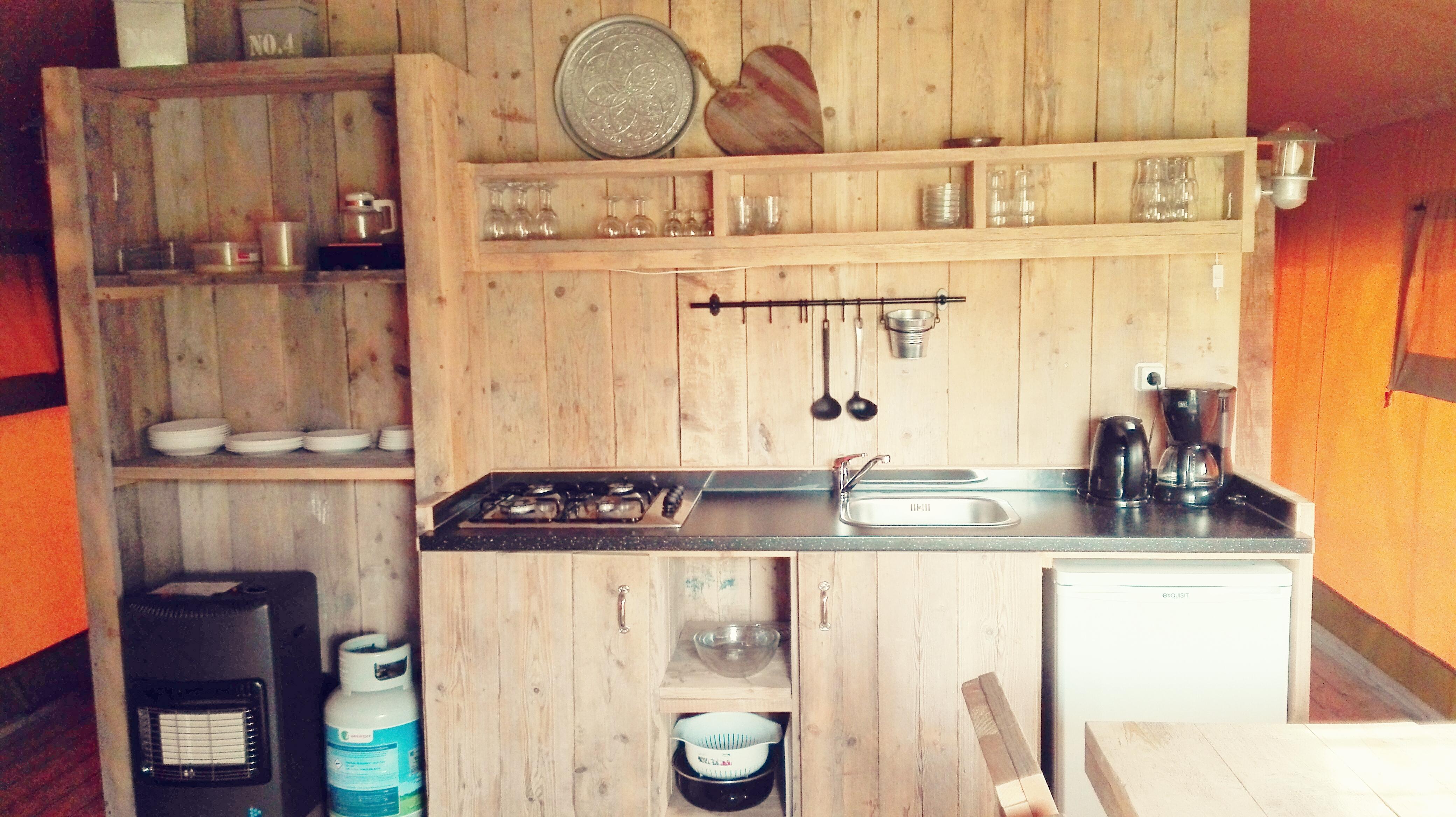 glamping - luxe kamperen - safari tent - woody - sanitair - gezellig - knus - kinderen - vriendjes - vakantie - camping - rcn - vakantiepark - zeewolde - nanny - annelon12