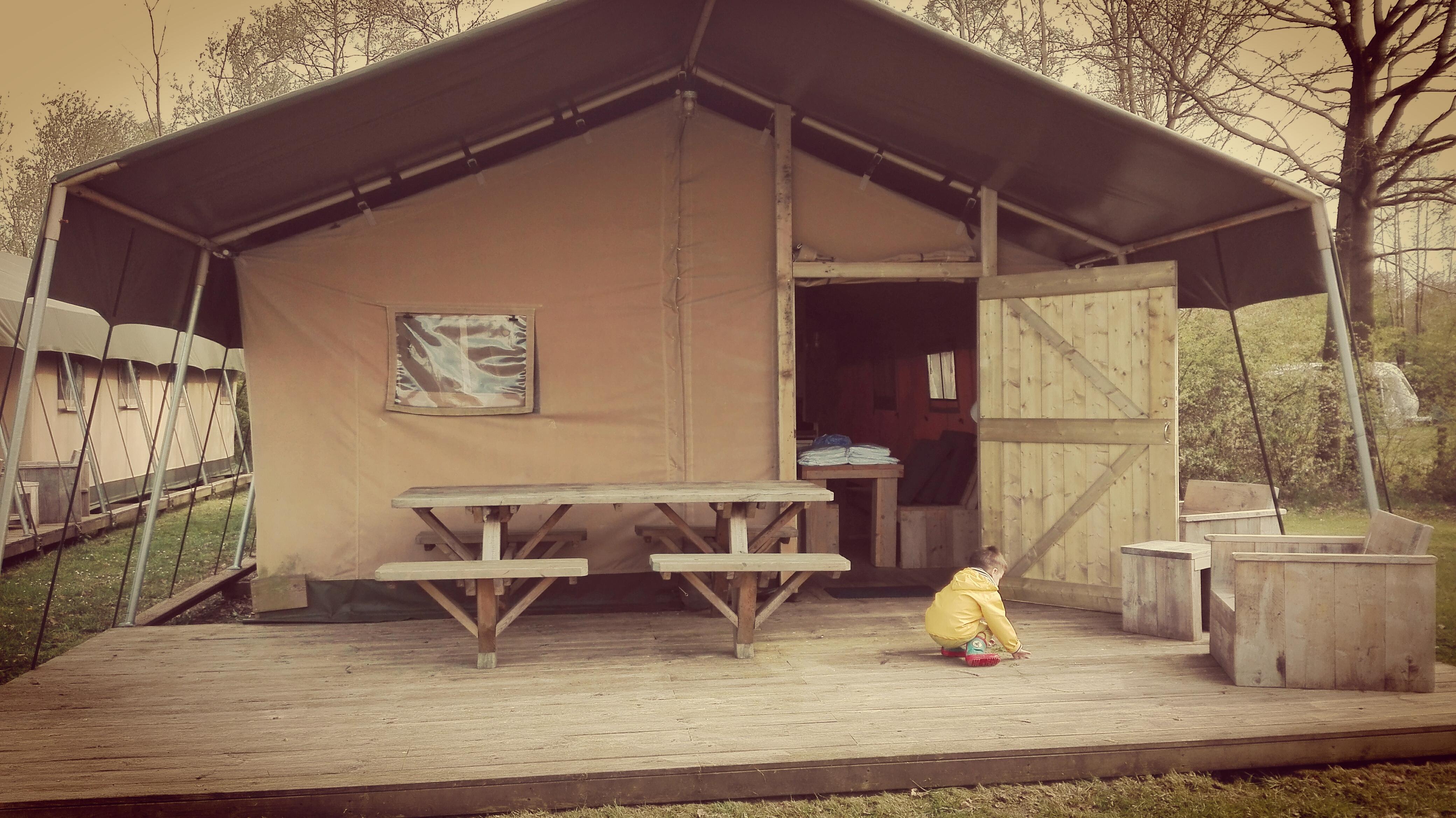 glamping - luxe kamperen - safari tent - woody - sanitair - gezellig - knus - kinderen - vriendjes - vakantie - camping - rcn - vakantiepark - zeewolde - nanny - annelon8