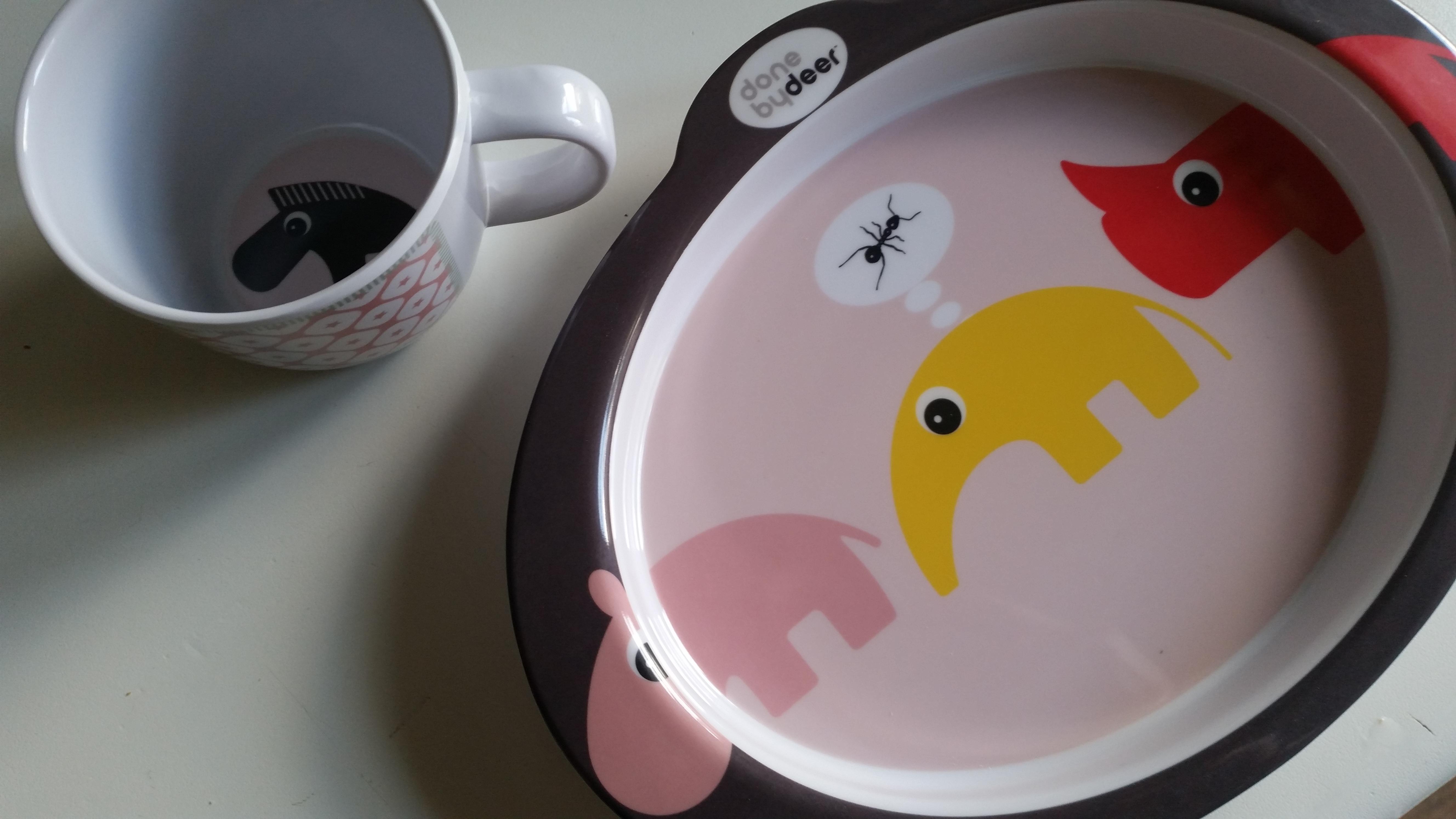 5-15-done-by-deer-servies-nijlpaard-neushoorn-schattig-hard-plastic-eten-drinken-nanny-moeder-amsterdam-kraamcadeau-verjaardag-bord