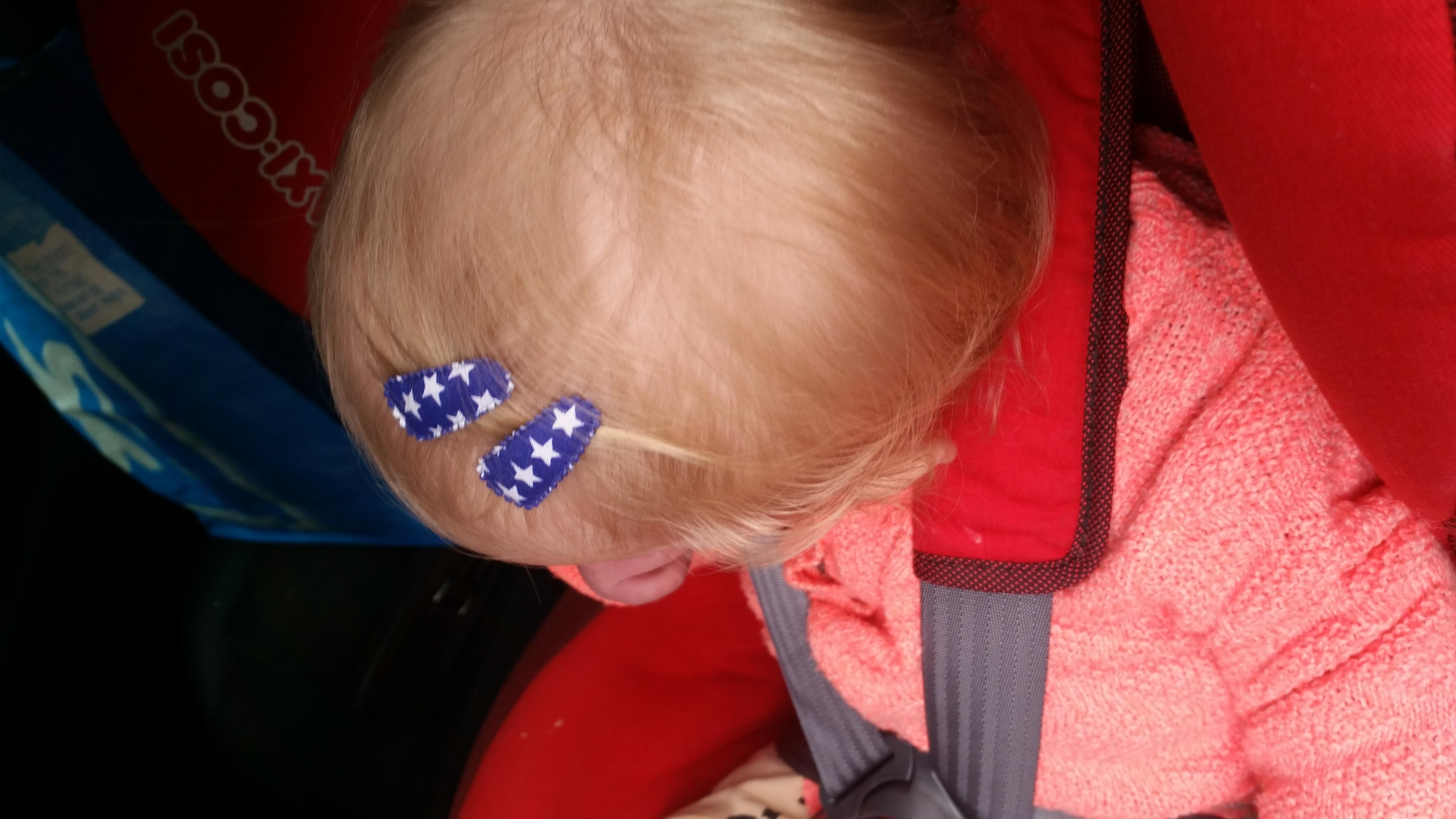 6-16-pakketje-haarspeldjes-hippe-girls-meiden-sieraden-oorbellen-peuter-meisje-strikjes-roze-mooi-verpakt-nanny-moeder-amsterdam-klein