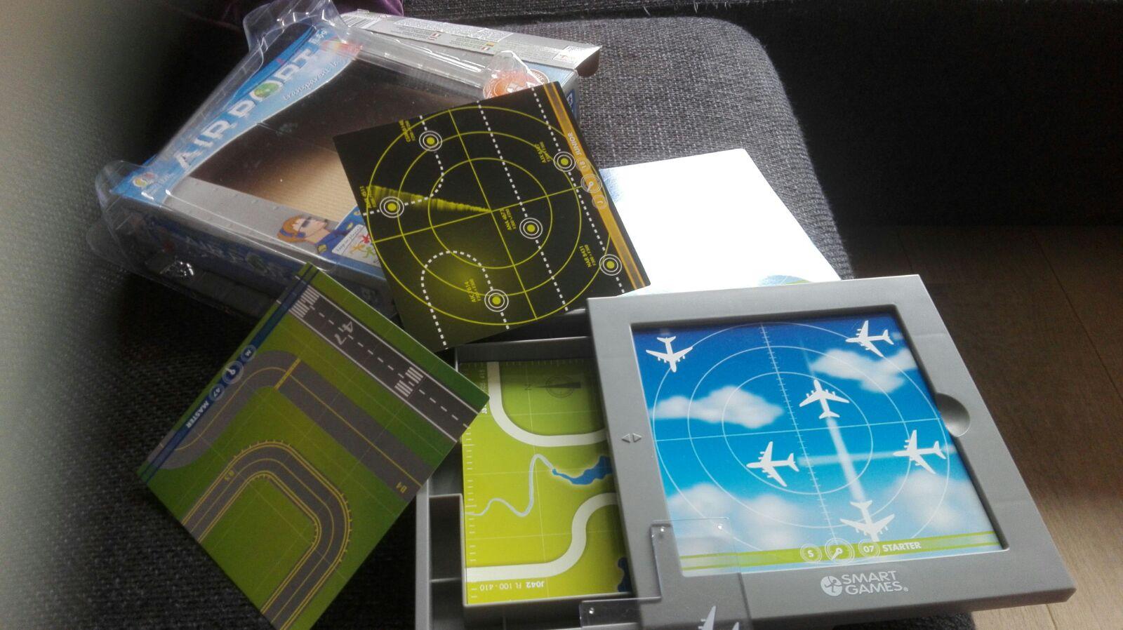 6-16-smartgame-pientere-puzzels-vliegtuigen-vliegtuig-laatje-opbergen-groep-4-6-jaar-leerzaam-educatief-cadeau-spel-kaarten