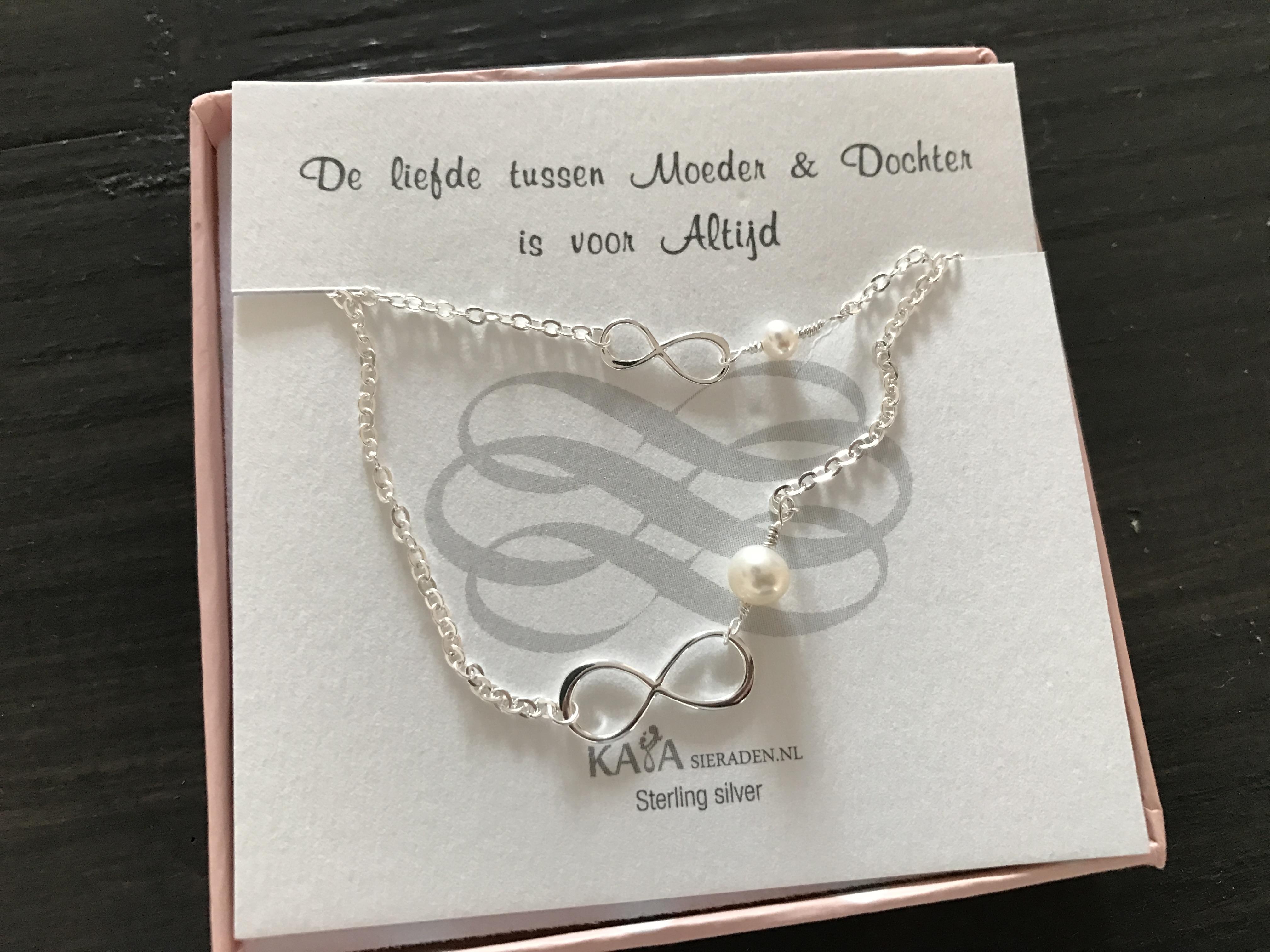 10-16-kaya-sieraad-sieraden-moeder-dochter-armband-infinity-teken-symbool-mooi-kraamcadeau-origineel-verpakking