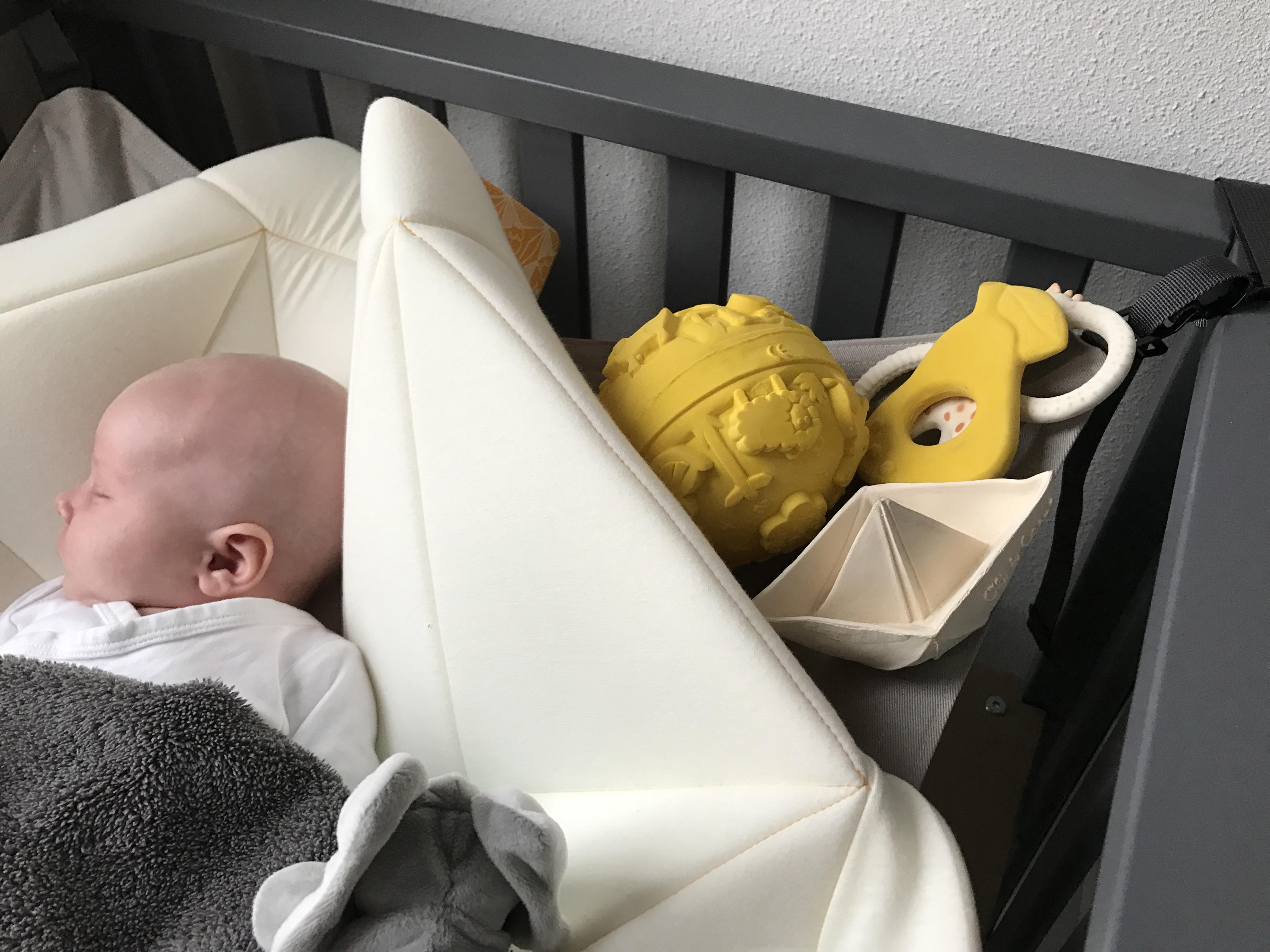 Hangmat In Box.De Hangloose Een Boxkleed En Hangmat In Een Nanny Annelon